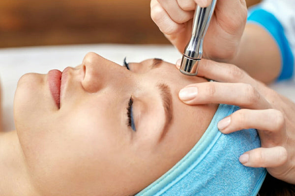 ADVANCED BEAUTY FACIALS IN-CLINIC PRACTICAL TRAINING