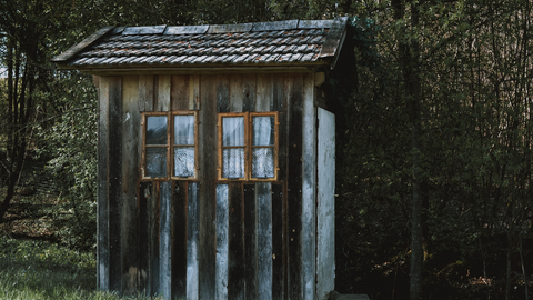 Cleaning out sheds and garages | Spring cleaning tips and to do list