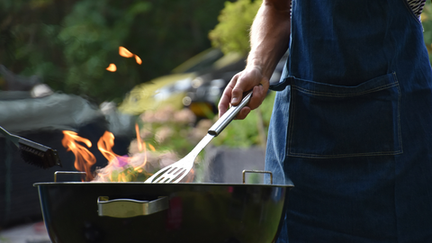 clean your grill before summer
