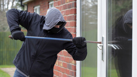 What to do during a home invasion - - Home Invasion Tips