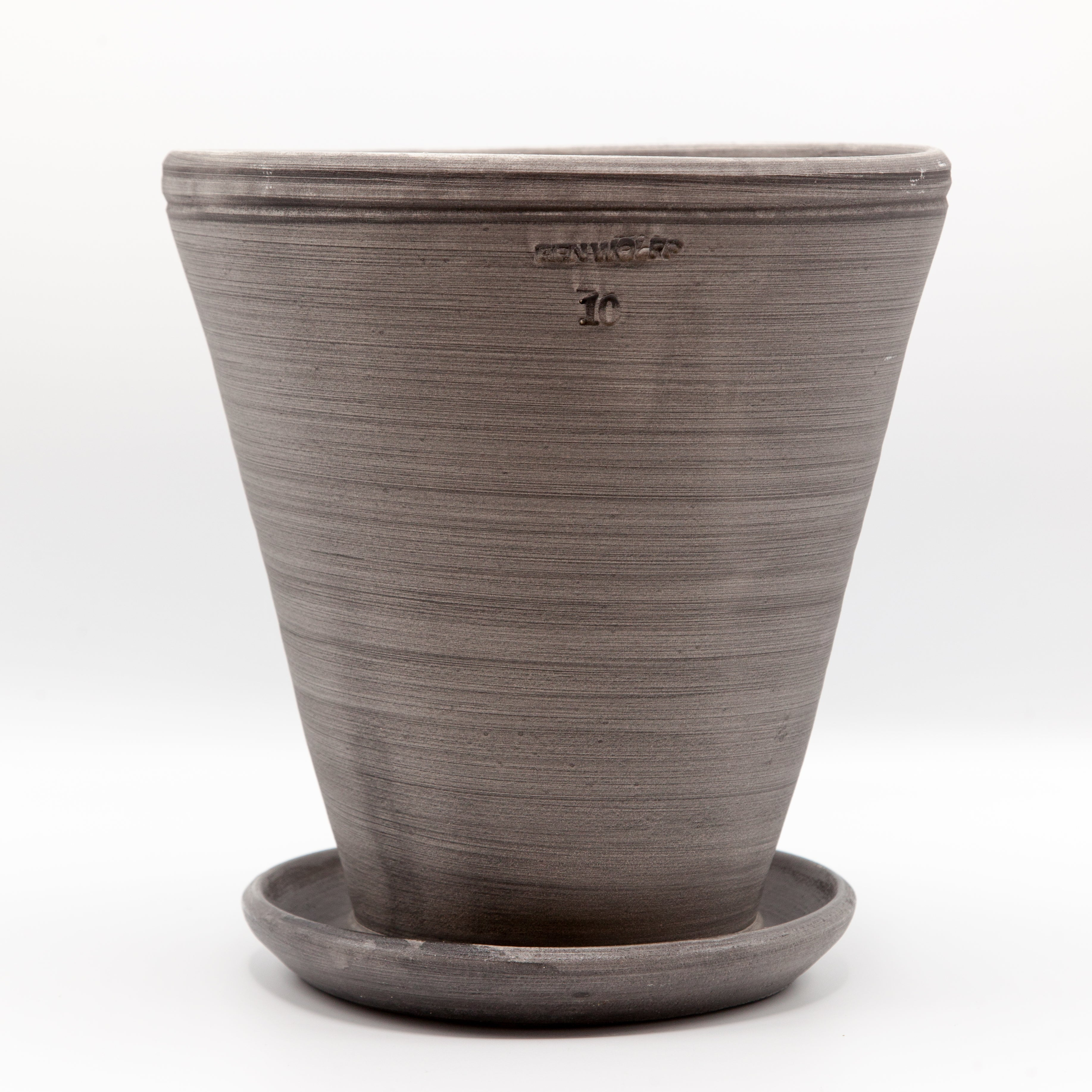 Ben Wolff Gray Footed Herb Pot with Saucer