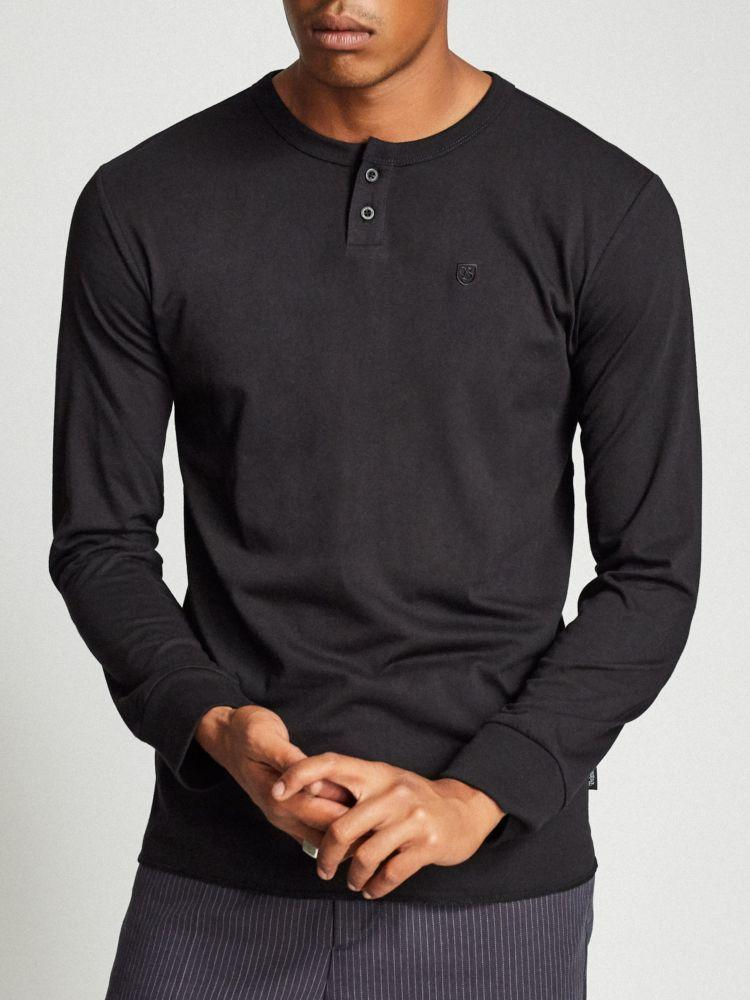 brixton b-shield long-sleeved henley black