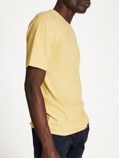 brixton basic short-sleeve pocket tee modela