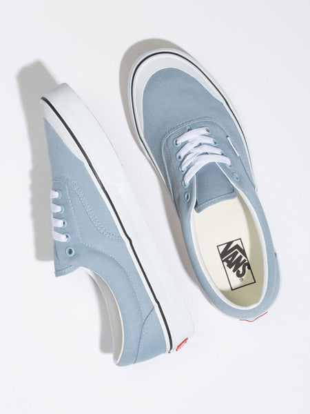 Era TC: Blue Fog/True White