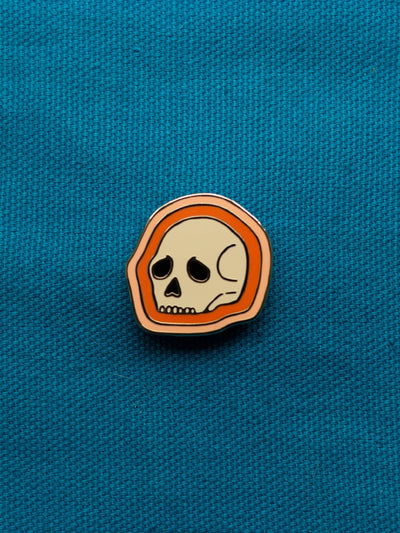 eradura enamel pin deserted skull red aura