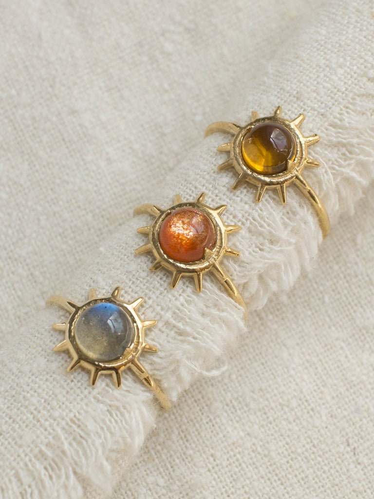 merewif sonny ring sunstone gold