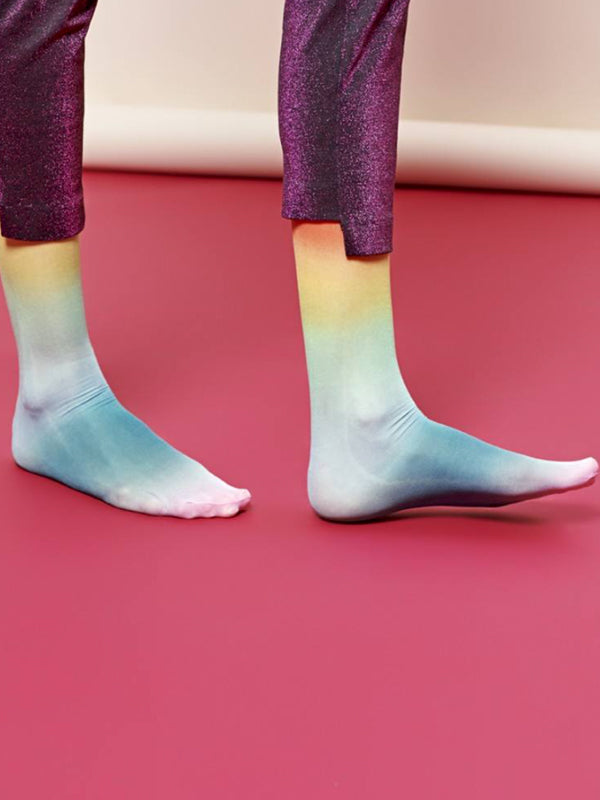 Mia Knee High Socks: Rainbow Ombre