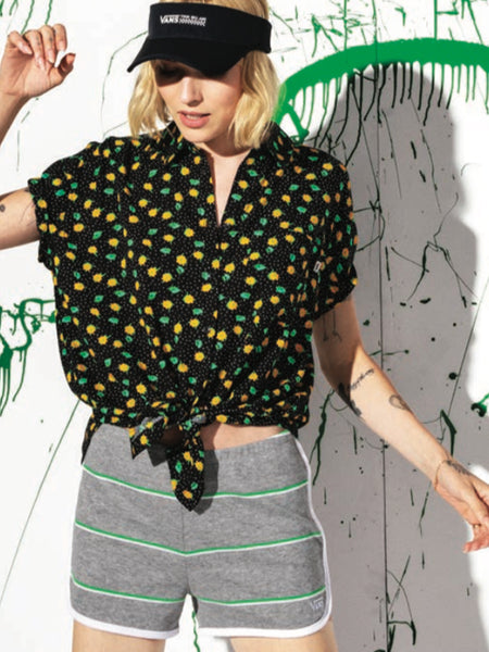 Commanding Lead Top With Polka Daisy