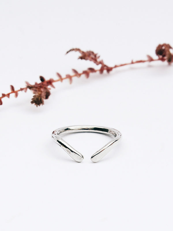 Curva Knuckle Ring (Silver)