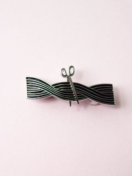 stay home club enamel barrette tangle hair cut