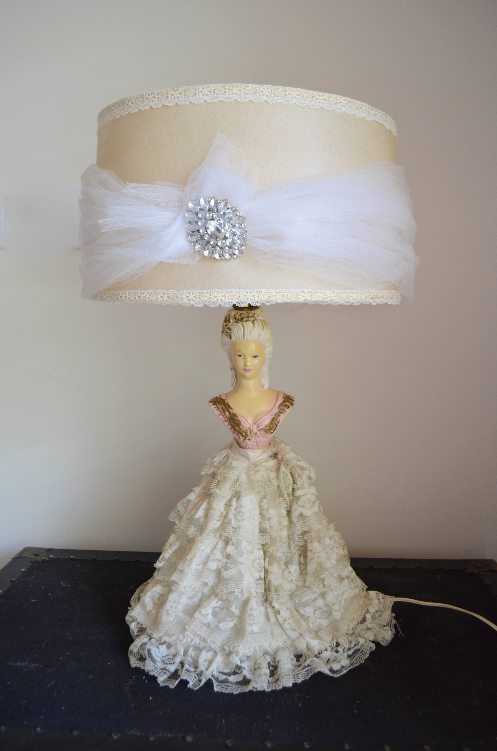 Marie Antoinette Boudoir Tall Figurine Porcelain Lamp With Shade Tule Brooch 1950 Chalk Half Body