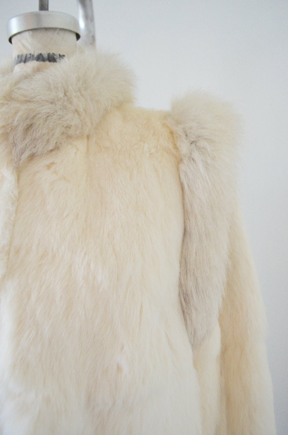 70S Glam Fur Off White Ivory Rabbit Fur Coat L With Fox Collar