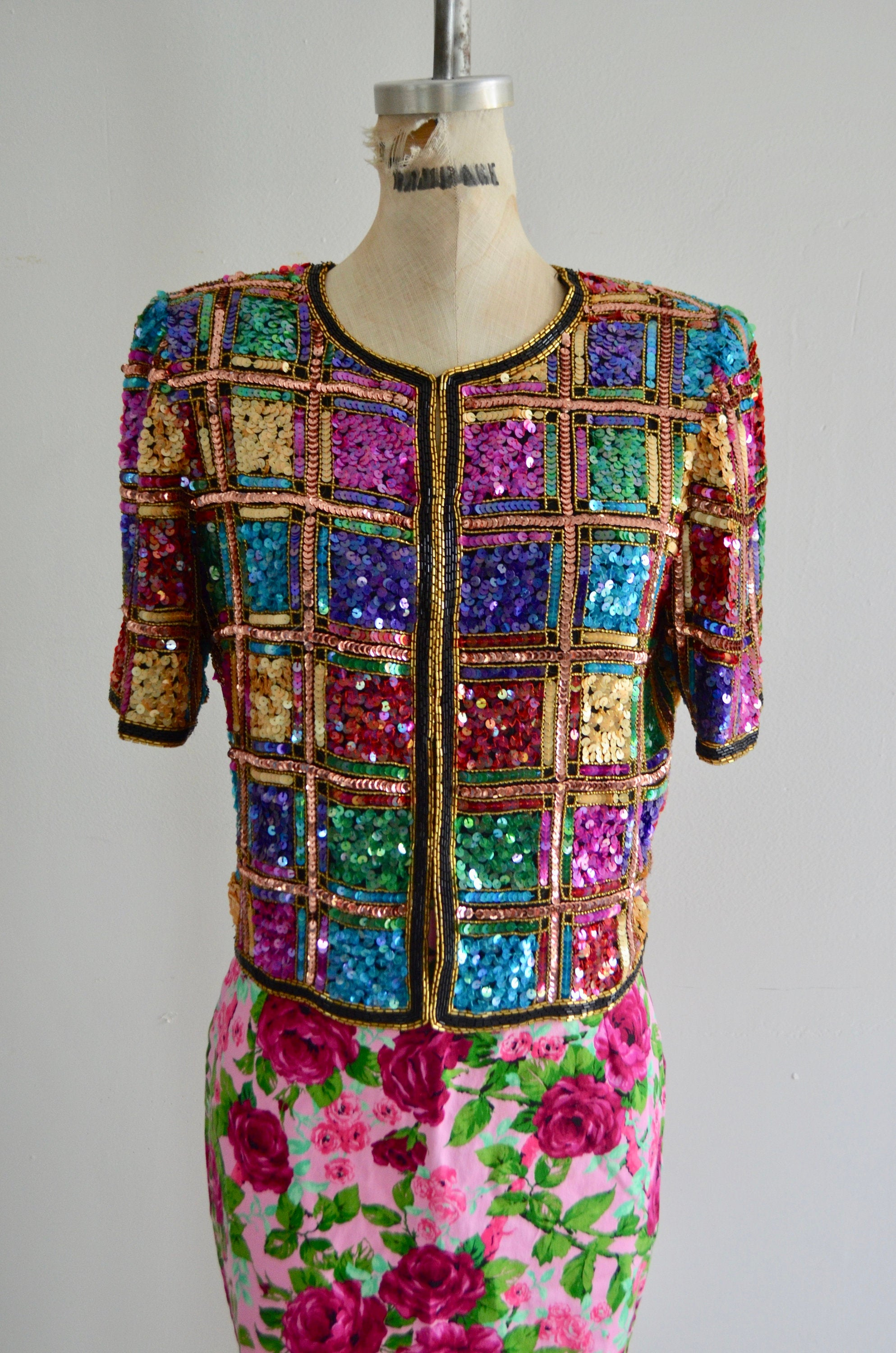 Mix And Match Prints Multicolor Sequin Silk Cropped Top Deadly Dames Pink Floral Pencil Skirt Set