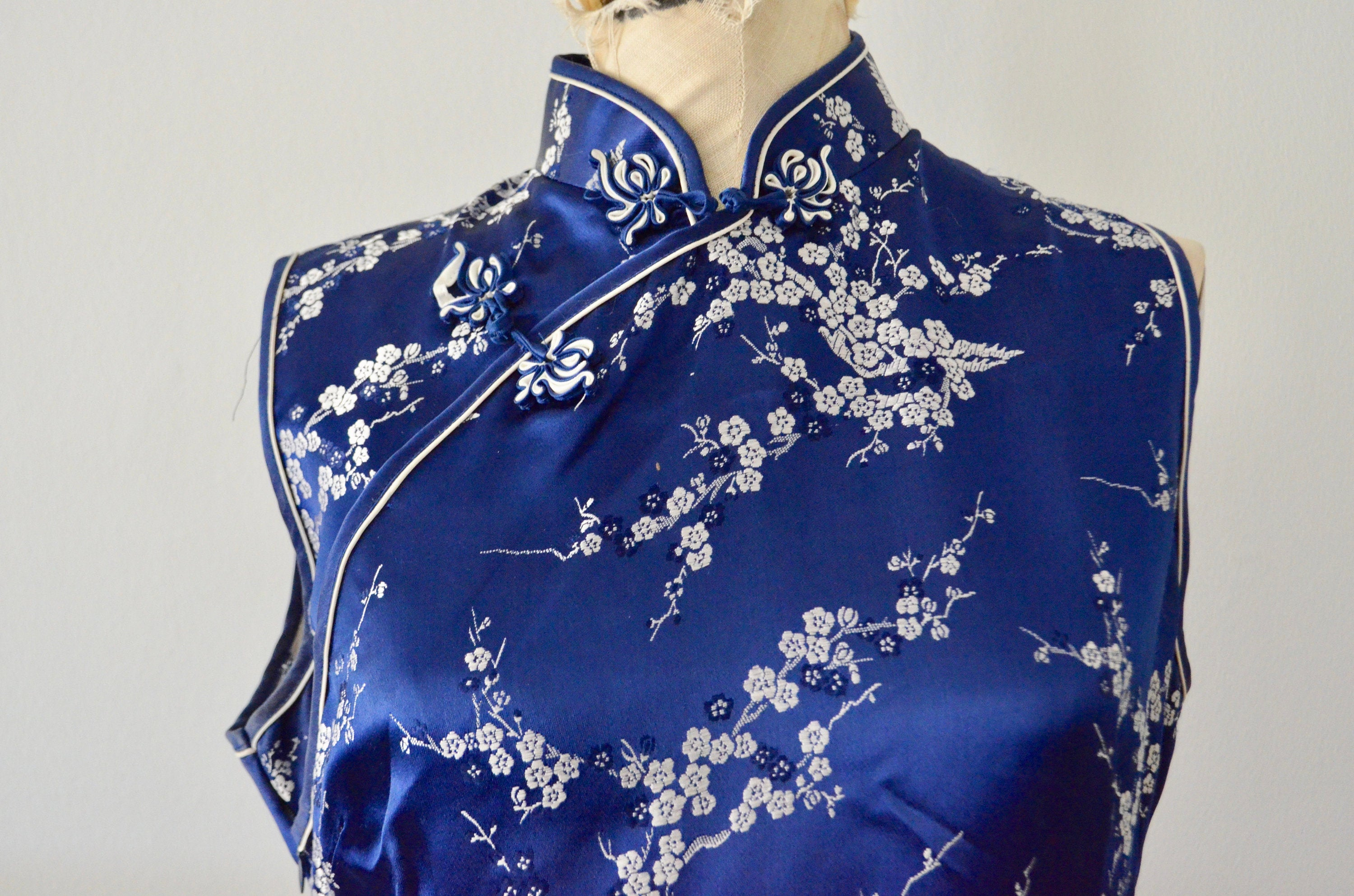 80S Cheongsam Japanese Traditional Asian Blue Silver Long Slit Formal Dress Fashion Style