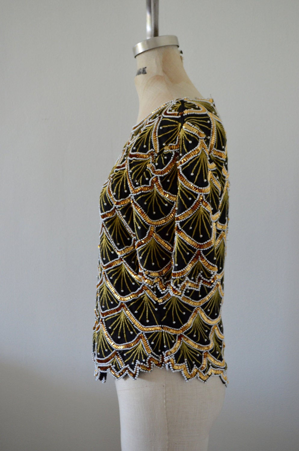 Shell Pear Sequins Laurence Kazar Pearl Beaded Seashell Silk Top Blouse