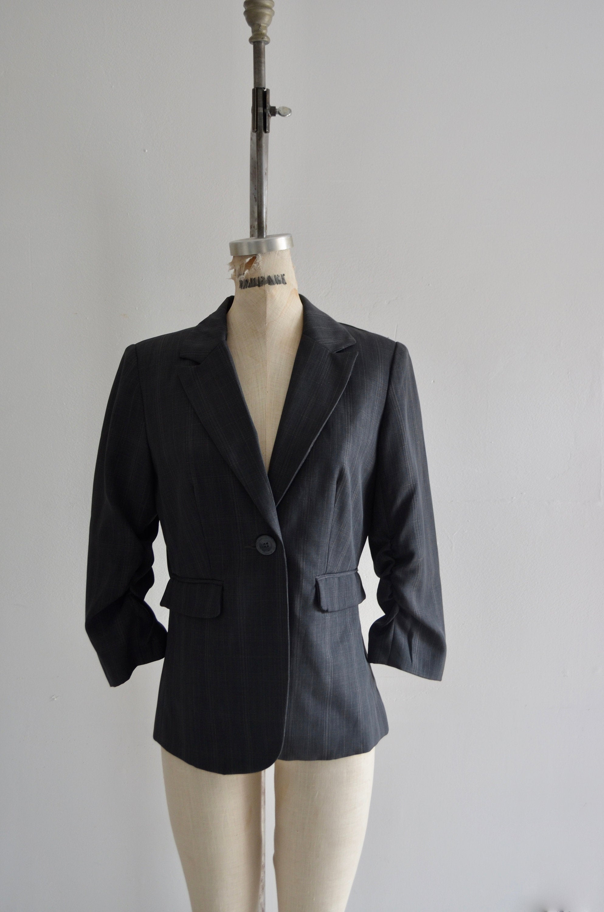 1990S Reworked Charlotte & Co Gg Blazer Ladies Multicolor Sequined Floral Pleated Charcoal Gray