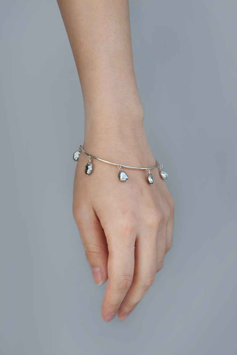 keshi pearl carousel bangle