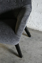 Load image into Gallery viewer, Eamstone Arm Chair