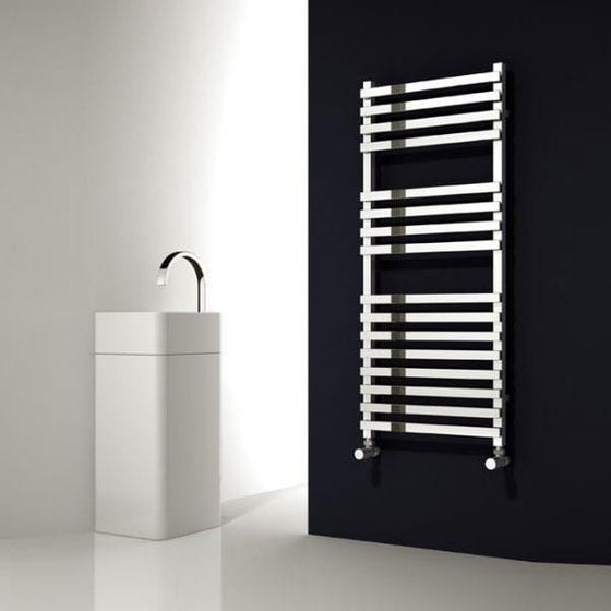 Reina Carina Vertical Steel Heated Towel Rail 800 x 500 - Chrome - welovecouk