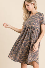 Load image into Gallery viewer, Leopard Print t-shirt Dress