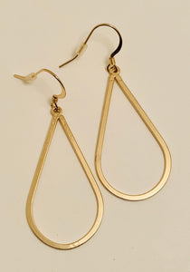 Gold Shiny Teardrop Earrings