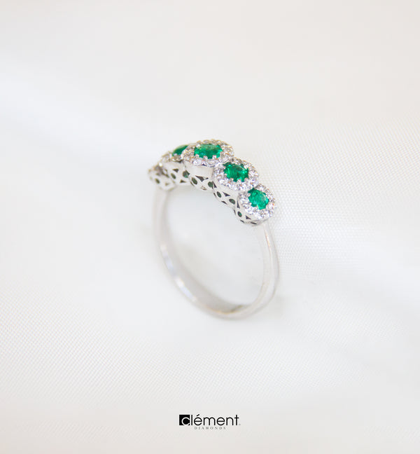 18ct White Gold Diamond Emerald Ring