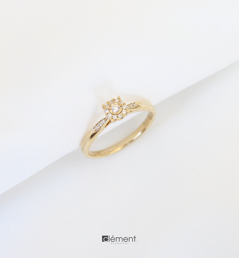 18ct Yellow Gold Solitaire Ring
