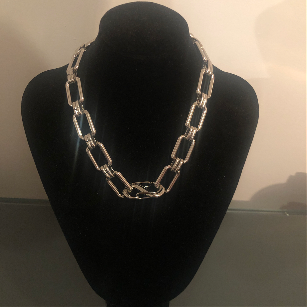Mada PC chain necklace- Mother's Day Collection
