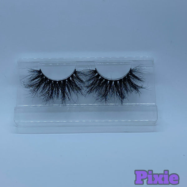 Mink Lashes in PIXIE (27mm)