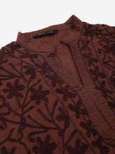 Load image into Gallery viewer, Lucknowi Chikan Aari embroidered kurti