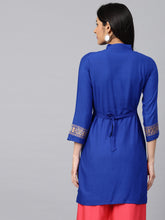 Load image into Gallery viewer, Saadgi Rayon Embroidered Block Print Kurta