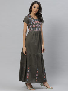 Vemante Embroidered Maxi dress