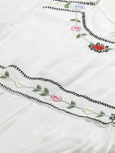 Load image into Gallery viewer, Vemante Embroidered Maxi dress