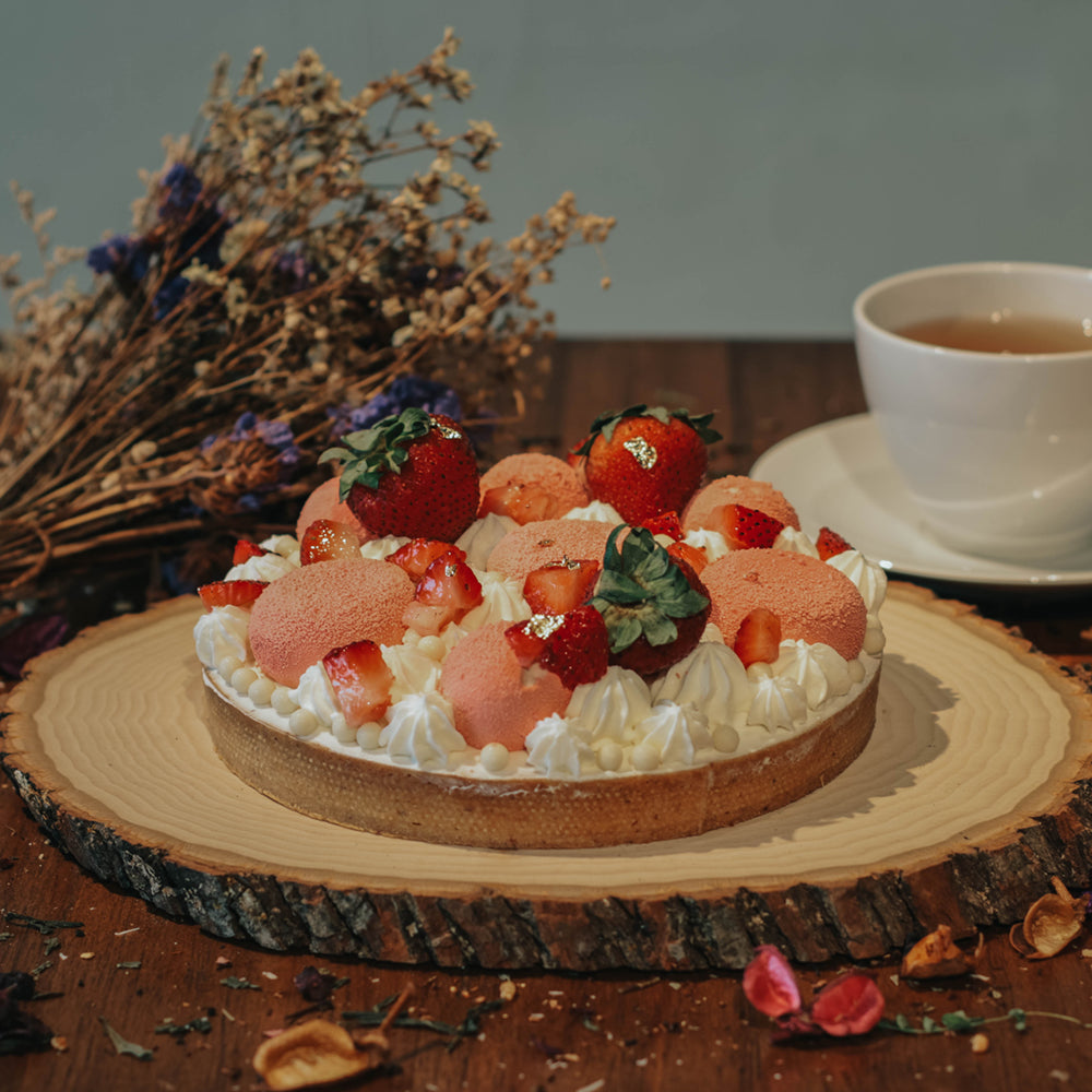 Strawberry Blush Cake Tart (Pre-Orders Only)