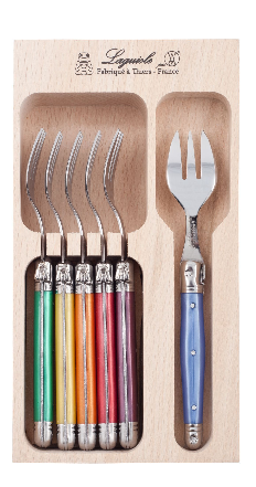 Who said cutlery had to be boring! Brighten up your top drawer with Debutant's cake forks in orange, yellow, purple, green, blue and red (6 pce).