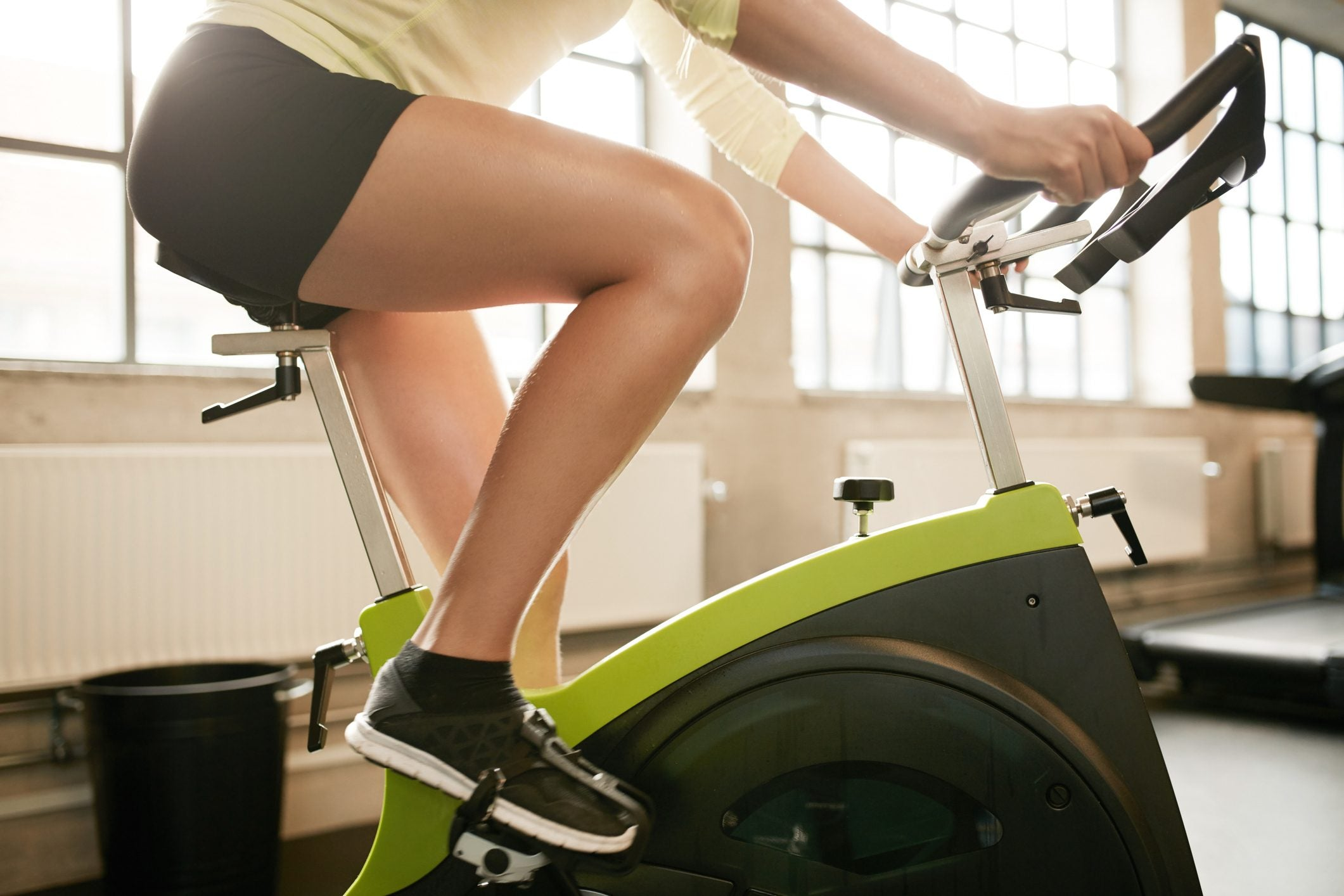 How to protect your knees when cycling