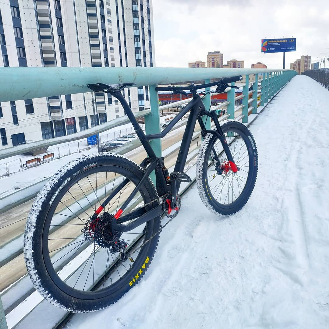 Cycling in winter with Carbon Fiber Mountain Bike Trifox MFM100