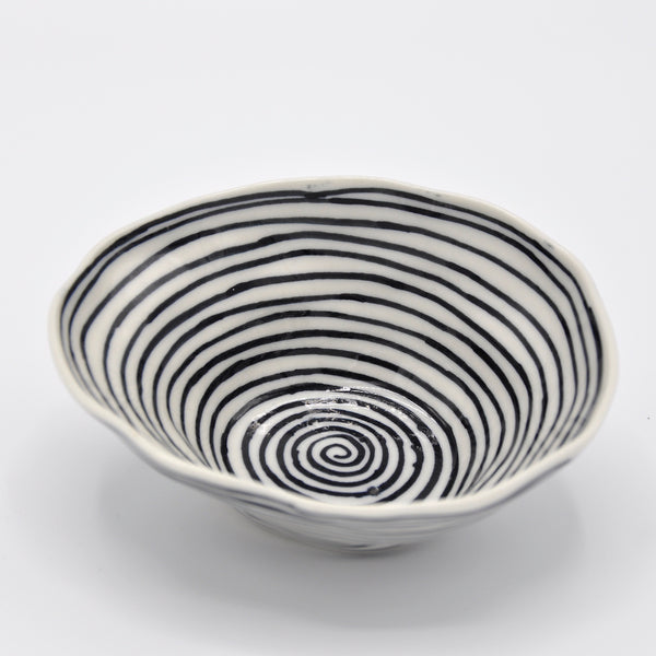 Black Circles Medium Bowl