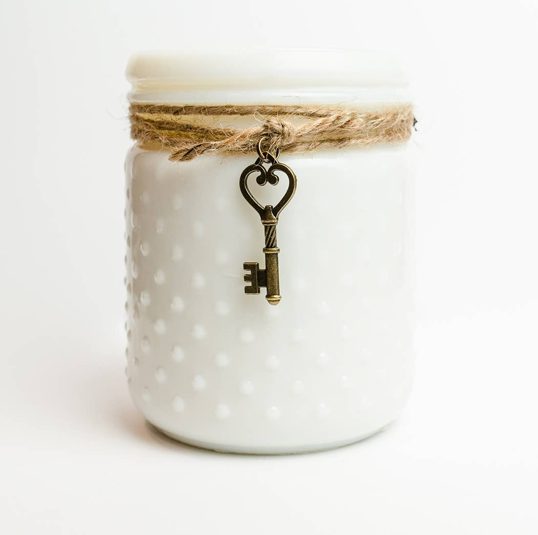 Vintage Hobnail Candle with Key - Southern Charm
