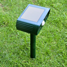 Load image into Gallery viewer, Solar Ultrasonic Animal Repellent