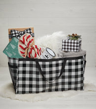 Load image into Gallery viewer, Black & White Buffalo Plaid Trunkster