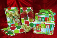 Merry Dots Reversible Jumbo Roll Wrap