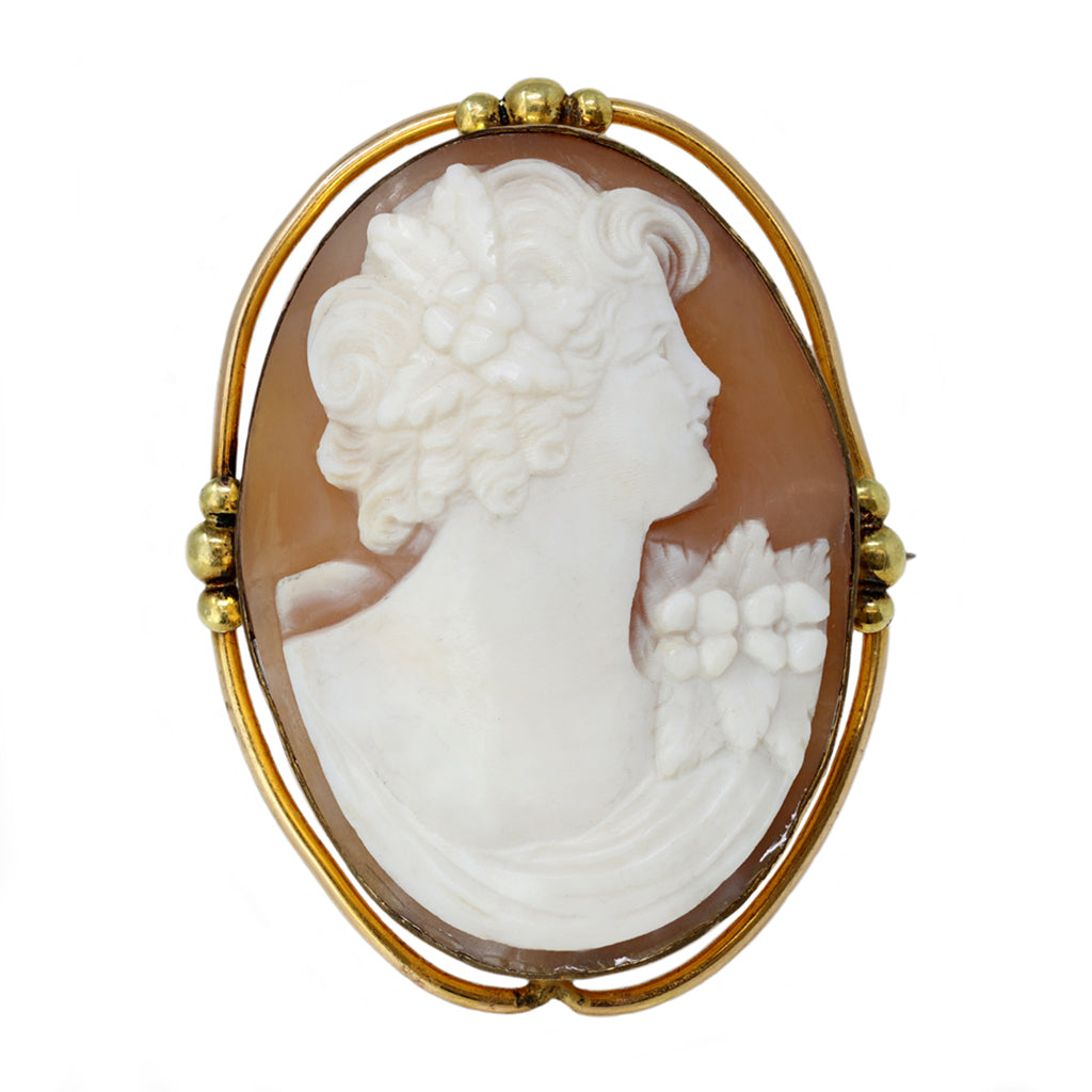Antique Italian Cameo Brooch or Pendant in 14 Karat Yellow Gold front view
