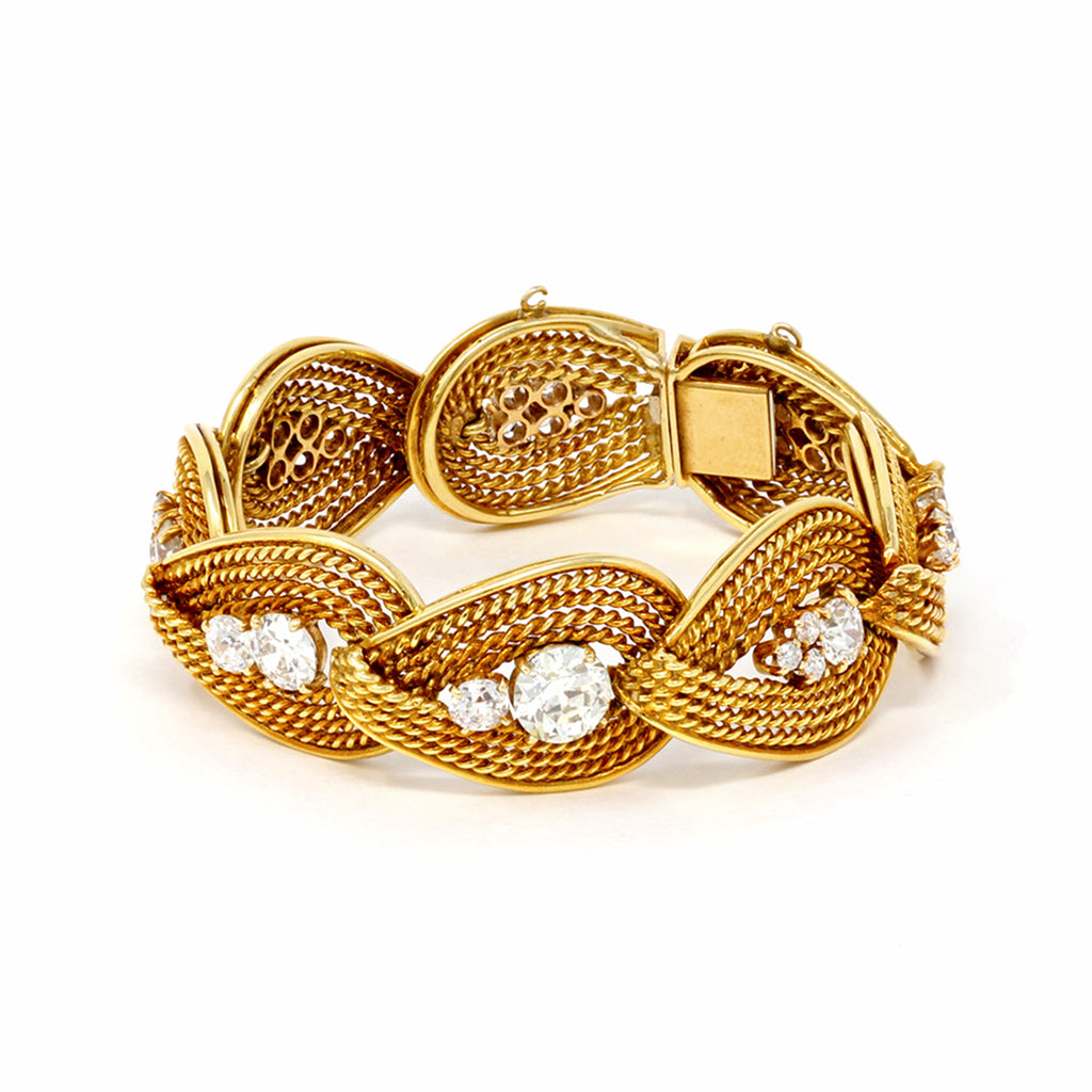 Important Retro Italian Diamond Bracelet in 18 Karat Yellow Gold side view