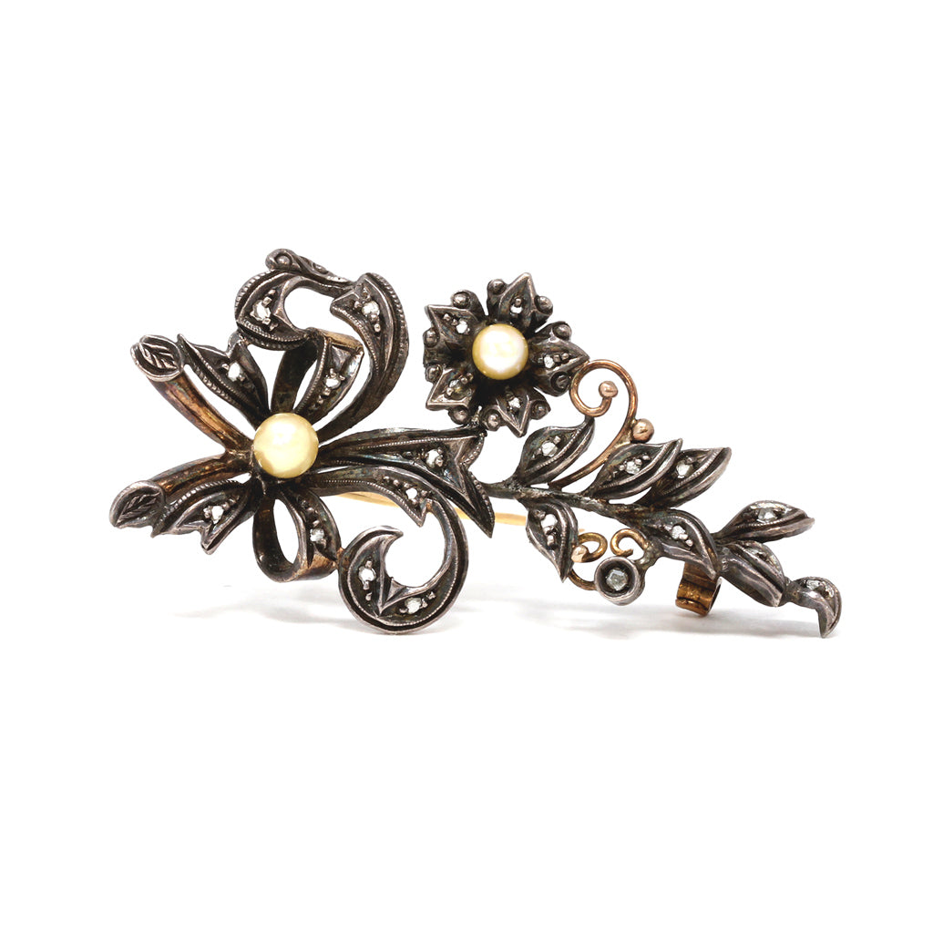 French Victorian Diamond and Pearl Brooch front view