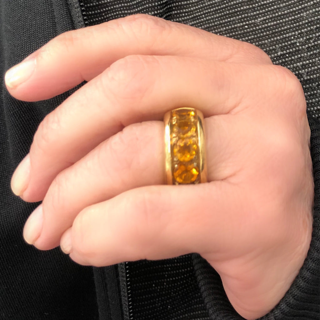Signed Pasquale Bruni 18k Yellow Gold and Citrine Band Ring model view