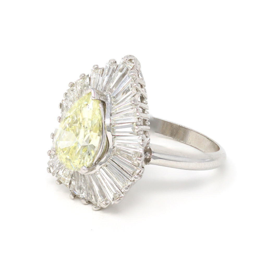 Pear-shape Diamond Ballerina Cocktail Ring in Platinum