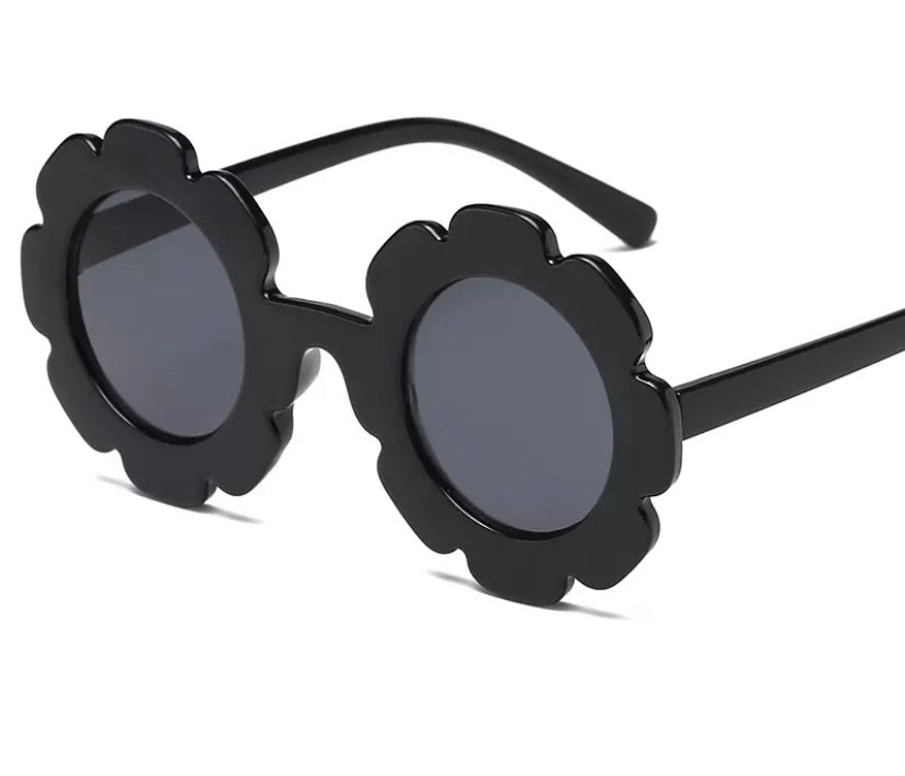 Retro Daisy Sunnies - Black.