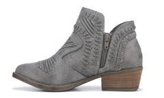 Not Rated Womens Nosara Grey Booties