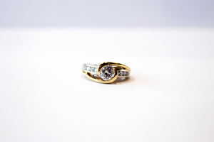 Half Bezel Diamond Ring 18k